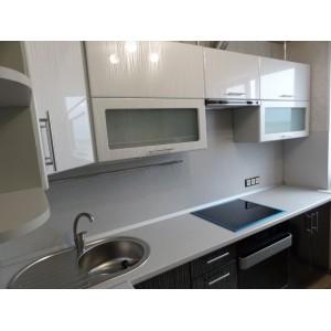 Кухня глянец Белый страйп + Черный страйп 2,8х1,2 метра